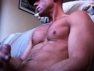 Hot Muscle Wank And Cum