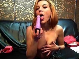 Sw33tamy Dildo Suck And Nipple Play