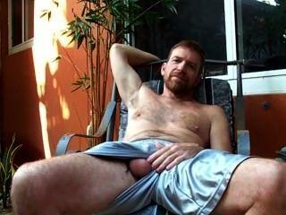 Redbearded Dad Hairyartist - Bulge Reveal