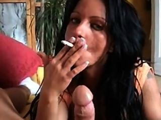 Smoking Milf Give Bj And Fucks