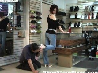 Shoe_store9