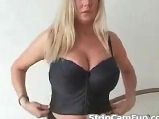 Mature Blonde With Big Tits On Webcam