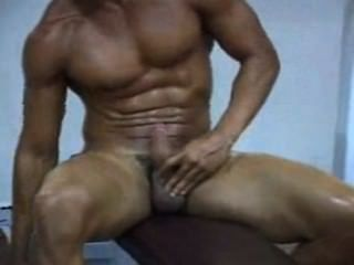 Wank In The Gym