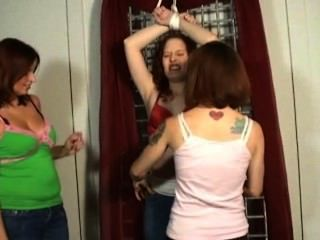 Ticklish Chesh 5 - Ff/f, Feisty Redheads Love To Tickle!