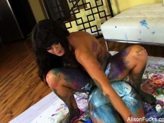 Alison Tyler Lesbian Body Painting
