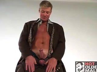 Sexy Daddy Scott Parker Solo
