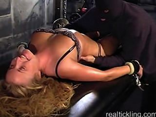 Realtickling - Tc5402 (rachelle Oiled And Tickled)