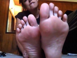 Worship My Feet Shawn