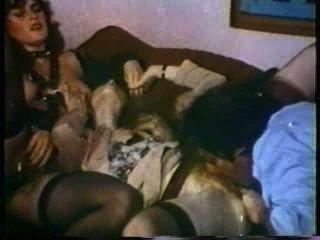 Peepshow Loops 128 1970s - Scene 2