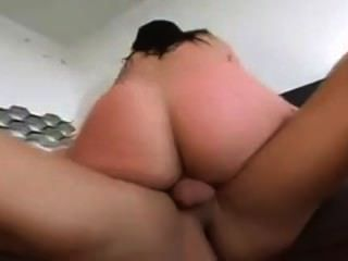 Gianna Works Out Her Pussy