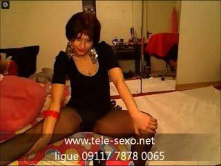 Adorável Garota De Meias Pretas Finas tele-sexo.net 09117 7878 0065