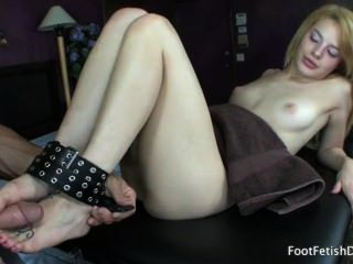 Ally Ann – Hardcore Foot Fetish