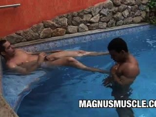 Andre Dumont And Poax Hoffin: Beefy Men Wet Pool Sex