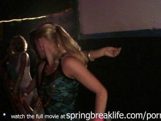 Club Girls Getting Down