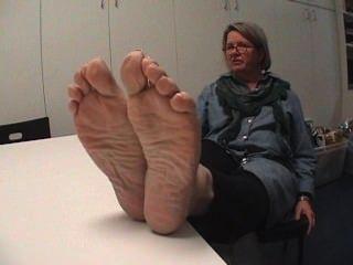 Mature White Foot Fetish Soles