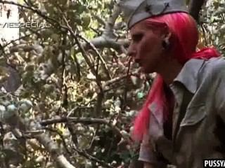 Pink Haired Amateur Babe Sucks A Hard Cock Outdoors