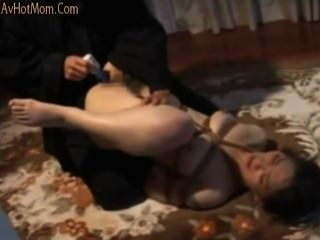 A Japanese Milf -suffering Candle & Anal Use