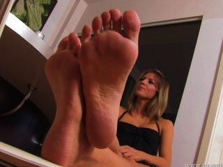 Kate Feet