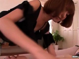 Japanese Girls Entice Seductive Secretariate At University.avi