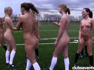 8 Sporting Lesbians