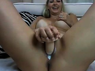 Hot Blonde Webcam