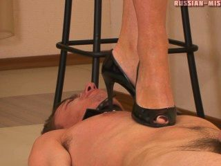 Russian Mistress Mary Foot Worship
