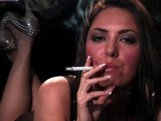 Smoking Reds