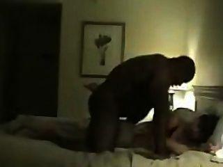 Black Bodybuilder Fucks His Wife