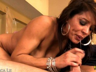 Latina Francesca Le Gets Facialized