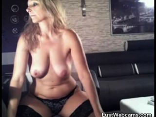 Blonde Milf Babe Fucks Her Ass With A Dildo On Webcam