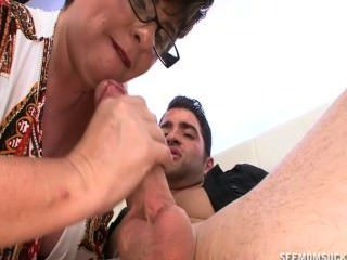 Big Mature Stepmother Makes Me A Blowjob