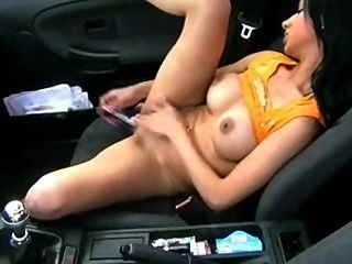 Super Hot Teen Dp`s Herself In Car