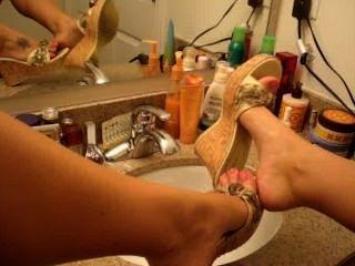Sa$h Gives A Nice Foot Tease