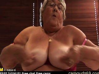 Old Amateur Granny Masturbate On Cam Webcam Couple Live Camsex