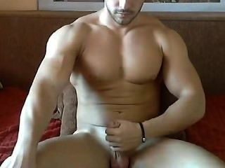 Muscle Guy Cumming