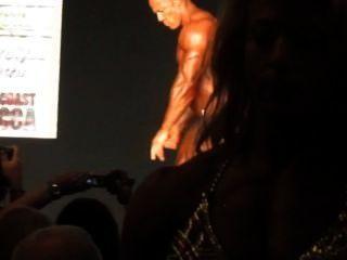 Muscledad Derek: 2014 Team Universe
