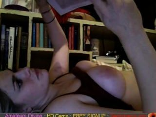 A Hot Not Skinny Amateur Chick On Cam Pt2 Free Cams Sex Amateur Sex Live  G