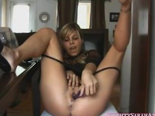 Sarah Masturbate And Squirt