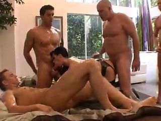 Busty Wife Fucks 4 Guys