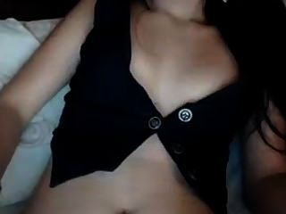 A Sexy Cutie Teasing On Webcamsx