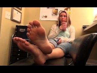 Foot Girl