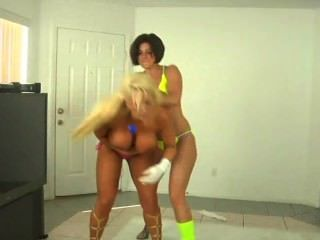 Rapture Vs Alura Jenson Tall Amazons Battle Part 3