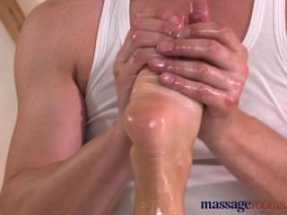 Massage Rooms Blonde With Gorgeous Feet Has Her Hole Filled With Fat Cock