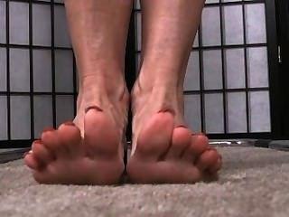 Long Toenails