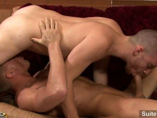 Short Haired Married Guy Gavin Waters 69ing And Fucking With Gay Sebastian