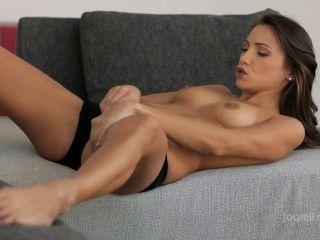 Brunette Masturbating At Evocams.com