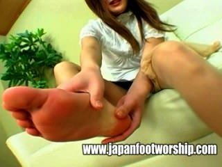 Foot Fetish Bare Feet