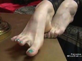 Leggings Feet