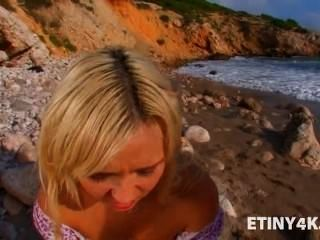 Public Beach Sex With A Gorgeous Blonde
