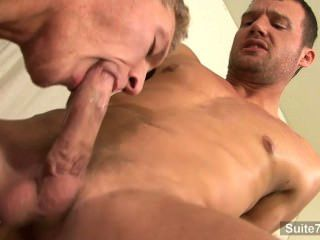 Sexy Gays Fuck In A Meeting At The Work